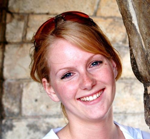 smile makeover teeth whitening